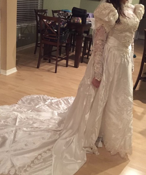 A Donated wedding dress and Angel wraps and gowns! - GFWC Woman\'s ...
